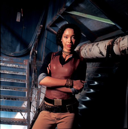 Gina Torres as Zoe Alleyne Washburne | Firefly (2002)